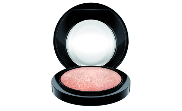 4 Tips for the ultimate blushing bride look