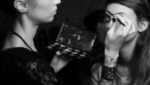 Questions to ask before booking a bridal make-up artist