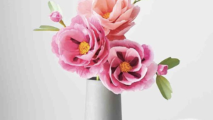 5 DIY paper flowers ideas for non-traditional brides
