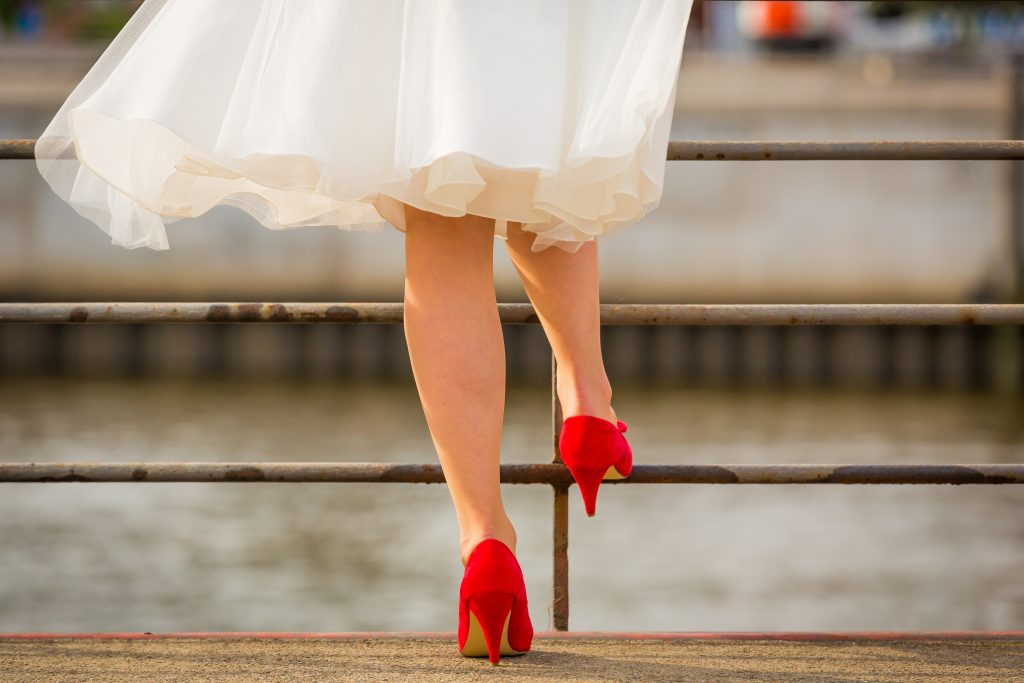Can you wear white if you're not the bride?