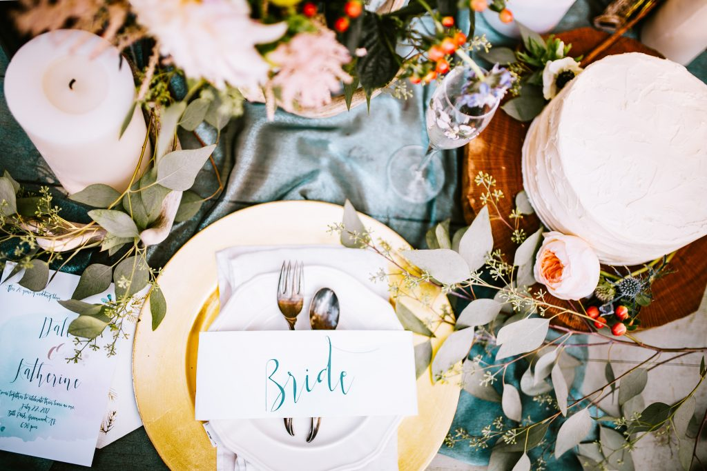 Multi-functional escort cards to wow your guests