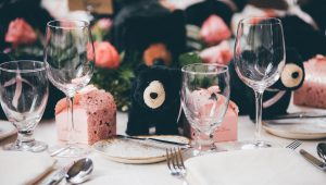 How to incorporate black into your wedding