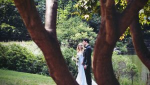 The pros and cons of having a garden wedding