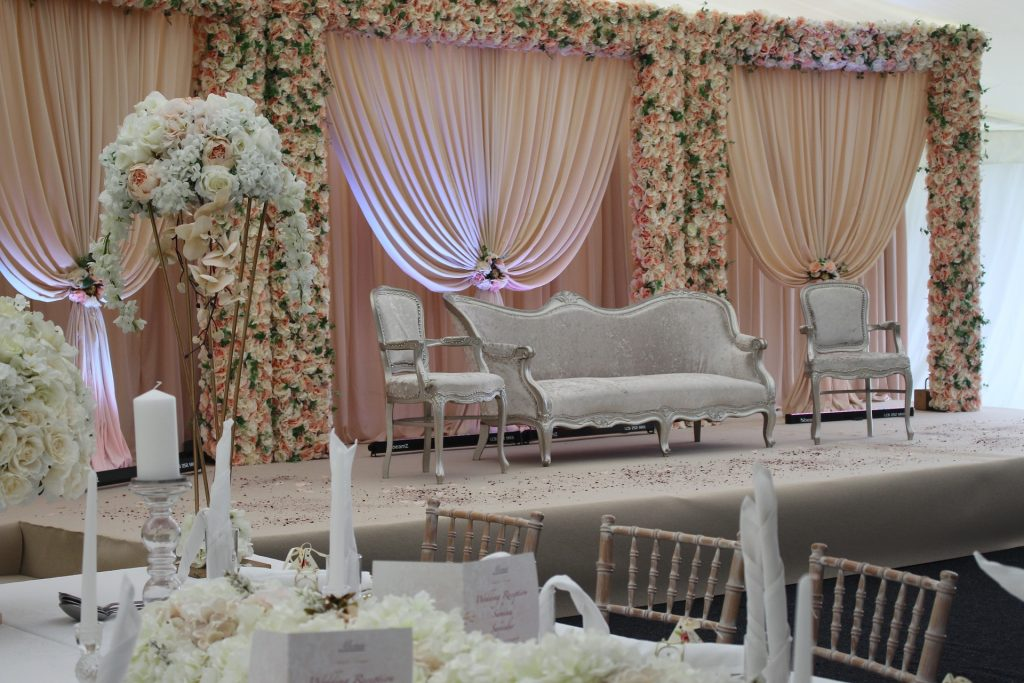 Romantic Wedding Decor Trends