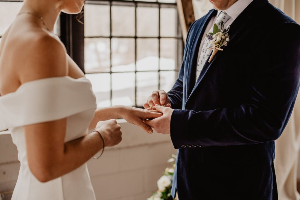 Simple tips for writing great wedding vows