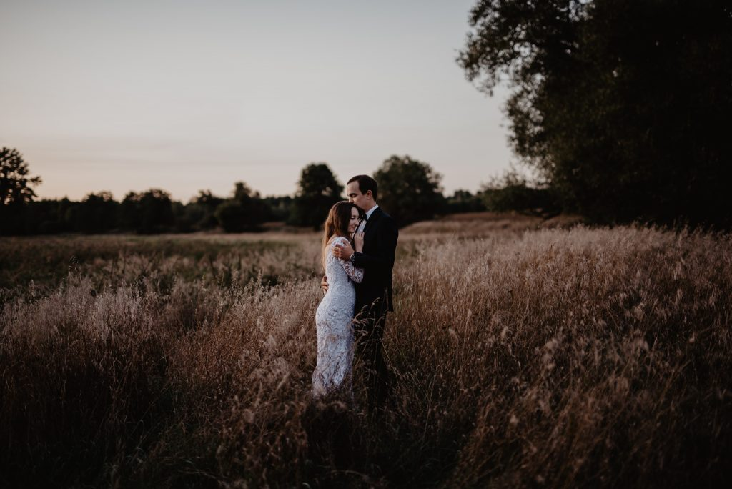 The pros and cons of having a barn wedding