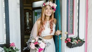 Bride marries herself after cancelled wedding