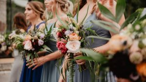 Saving money on wedding flowers: tips and tricks