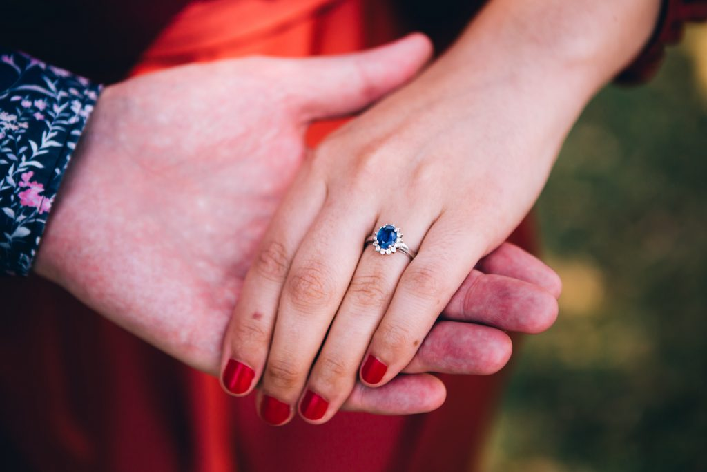The royal touch: Sophisticated sapphire rings