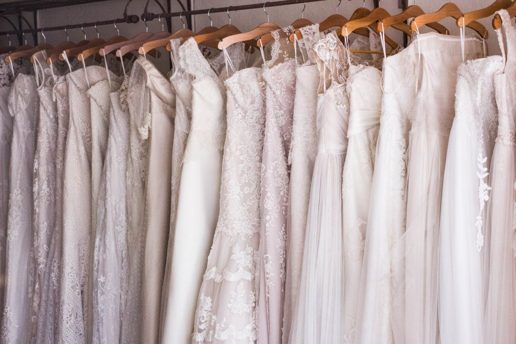 How to preserve a wedding dress at home