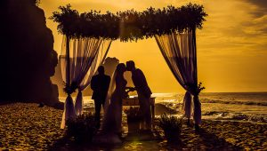 Stunning ceremony backdrops to set the scene