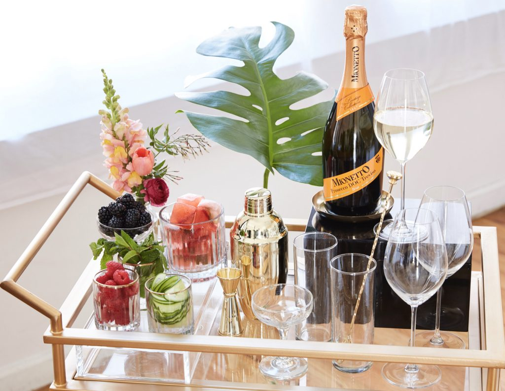 WIN: 6 bottles of bubbly and 6 champagne flutes! (CLOSED)