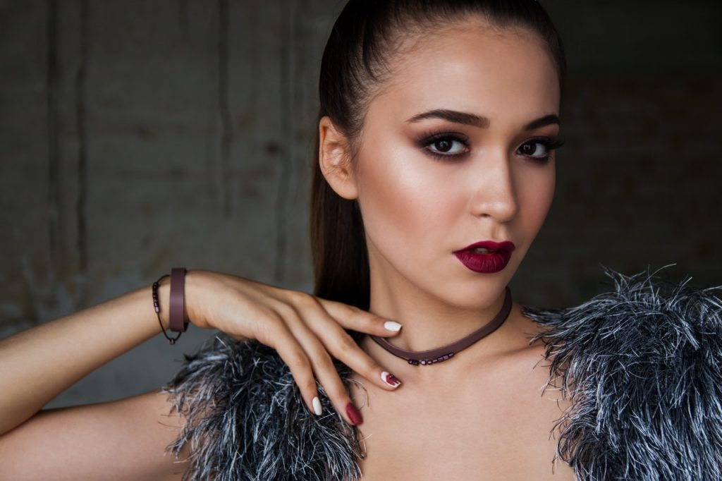 Trending lip colours for a winter wedding
