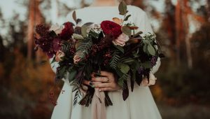 The sweet symbolisms behind popular wedding flowers