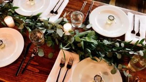 Romantically rustic ideas for your wedding table
