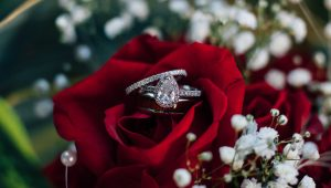 Common engagement ring mistakes to avoid