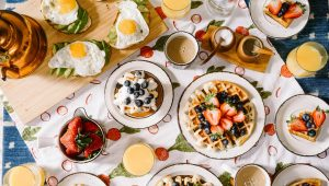 Ways to bring your love of breakfast into your wedding