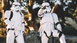 How to have an out-of-this-world Star Wars wedding