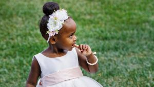 Adorable flower girl hairstyles