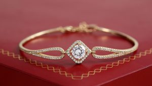 Glorious gold jewellery for your wedding day