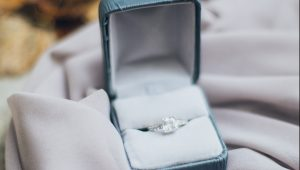 Is it appropriate to propose at someone else's wedding?