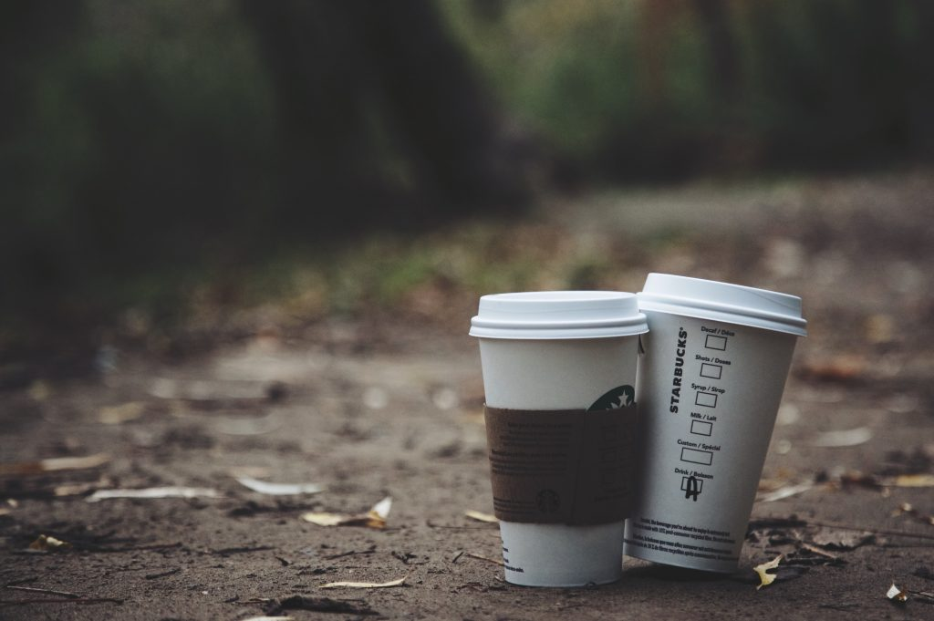 Newlyweds buy coffee for homeless on their wedding day
