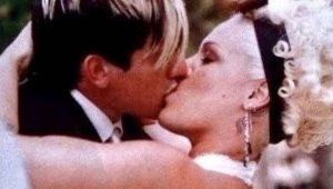 P!nk and Carey Hart celebrate 15th wedding anniversary