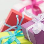A present vs cash: Which is the best wedding gift?