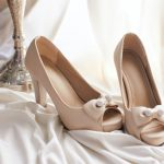 Wedding shoes with brilliant bows