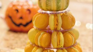 Marvelous macaron towers to impress your guests