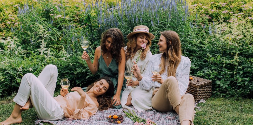 How to combine your bachelorette and kitchen tea
