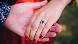 Beautiful blue sapphire engagement rings that cannot be ignored